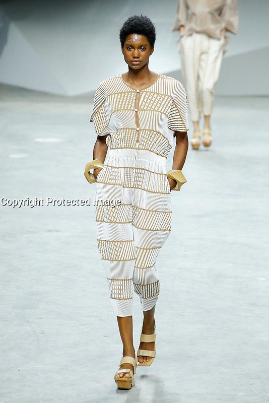 womenswear ready to wear<br /> pr&Iacute;t a porter<br /> summer 2017<br /> Issey Miyake