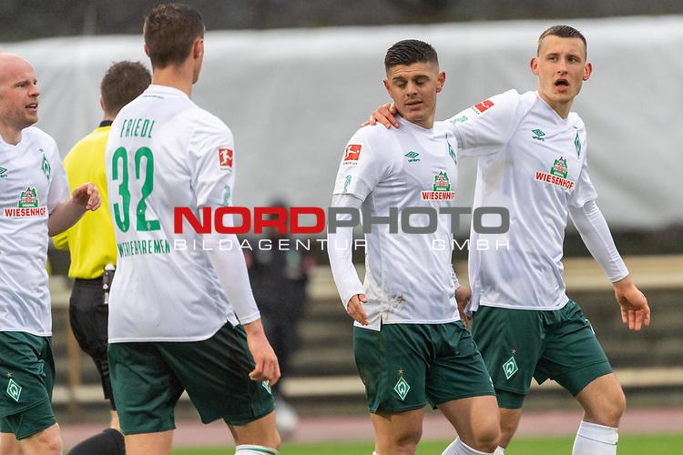 12.01.2020, Platz 11 am wohninvest Weserstadion, Bremen, GER, FSP SV WERDER BREMEN (GER)  vs Hannover 96<br /> <br /> im Bild / picture shows <br /> <br /> Milot Rashica (Werder Bremen #07) zum 3:1 <br /> Jubel mit Marco Friedl (Werder Bremen #32)<br /> Maximilian Eggestein (Werder Bremen #35)<br /> <br /> <br /> Foto © nordphoto / Kokenge