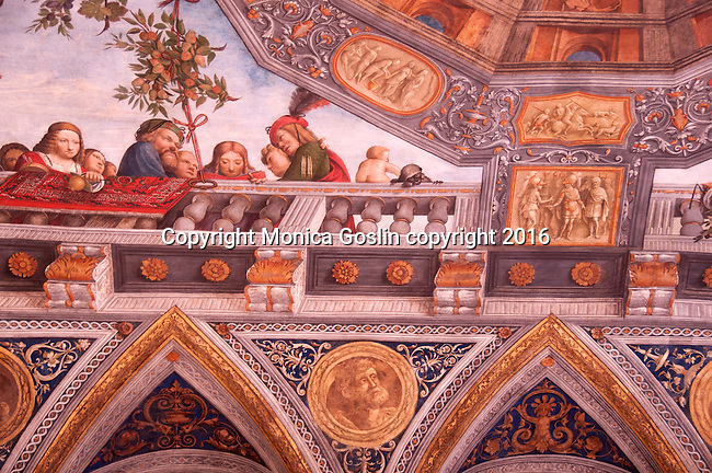 Detail of the ceiling in the Hall of Treasure, painted by Benvenuto Tisi da Garofalo between 1503 and 1506, now part of the National Archaeological Museum