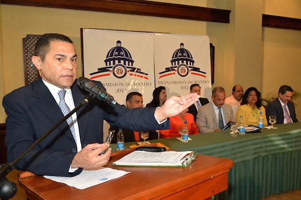 Rueda de prensa transmisión de mando 2012.Foto:Saturnino Vasquez/acento.com.do.Fecha:/2012