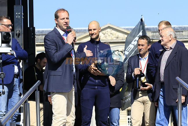 Christian Prudhomme ASO thanks Tom Boonen (BEL) Quick-Step Floors riding his last race at the Team Presentation for the upcoming 115th edition of the Paris-Roubaix 2017 race held in Compiegne, France. 8th April 2017.<br /> Picture: Eoin Clarke | Cyclefile<br /> <br /> <br /> All photos usage must carry mandatory copyright credit (&copy; Cyclefile | Eoin Clarke)