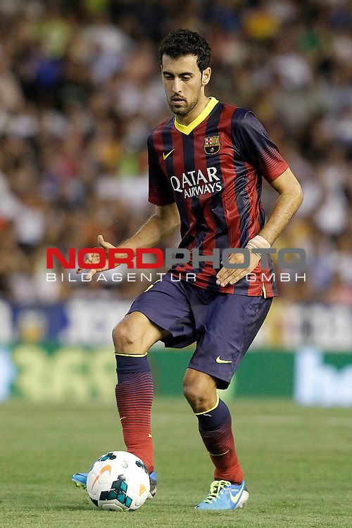 FC Barcelona's Sergio Busquets during La Liga match.September 1,2013. Foto © nph / Acero)