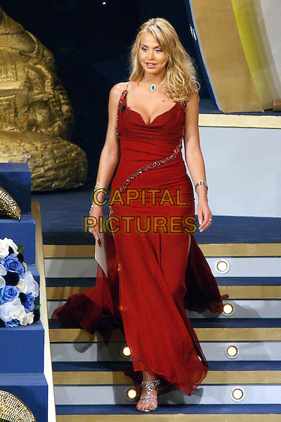 VALERIA MARINI.David di Donatello Awards 2005.Rome, Italy, April 29th 2005..full length red maroon dress long steps walking stairs.Ref: OME.www.capitalpictures.com.sales@capitalpictures.com.©Omega/Capital Pictures.