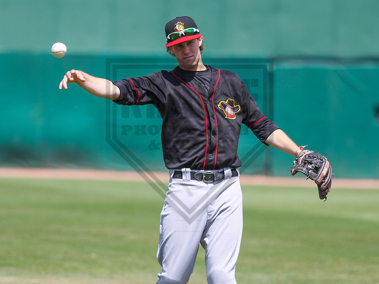 APPLETON - May 2015: Quad Cities River Bandits shortstop Thomas Lindauer (1) during a game against the Wisconsin Timber Rattlers on May 2nd, 2015 at Fox Cities Stadium in Appleton, Wisconsin.  Quad Cities defeated Wisconsin 5-2.  (Brad Krause/Four Seam Images)