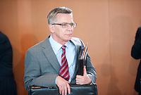 Berlin, Bundesinnenminister Thomas de Maiziere (CDU) am Mittwoch (01.07.2015) im Bundeskanzleramt vor der Kabinettssitzung. Foto: Steffi Loos/CommonLens