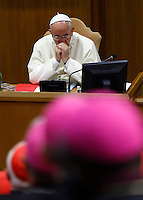 Papa Francesco apre la sessione quotidiana del Sinodo sulla Famiglia, in Vaticano, 7 ottobre 2014.<br /> Pope Francis opens the daily session of the synod on family issues, at the Vatican, 7 October 2014. <br /> UPDATE IMAGES PRESS/Riccardo De Luca<br /> <br /> STRICTLY ONLY FOR EDITORIAL USE