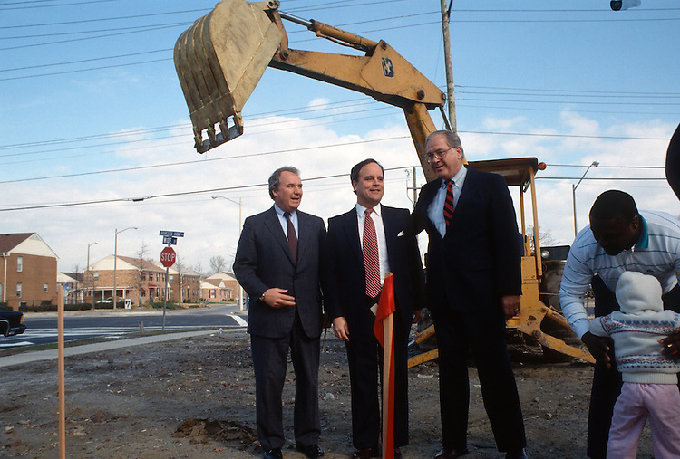1990 February 02..Redevelopment.Huntersville 2..Super block Groundbreaking.Attucks Square??.Dave Rice...NEG#.NRHA#..
