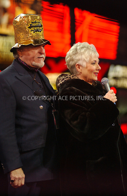 WWW.ACEPIXS.COM . . . . . ....NEW YORK, DECEMBER 31, 2005....Shirley Jones and Marty Ingels at the Times Square New Year's Eve 2005 Celebration.....Please byline: ACE006 - ACE PICTURES.. . . . . . ..Ace Pictures, Inc:  ..Alecsey Boldeskul (646) 267-6913 ..Philip Vaughan (646) 769-0430..e-mail: info@acepixs.com..web: http://www.acepixs.com