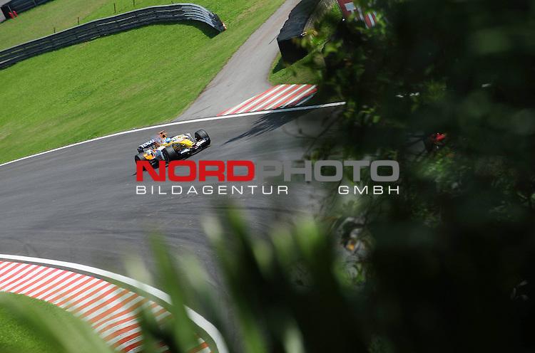 Fernando Alonso (ESP),  Renault F1 Team