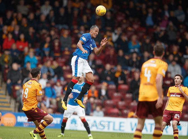 Bruno Alves leaps and wins the ball