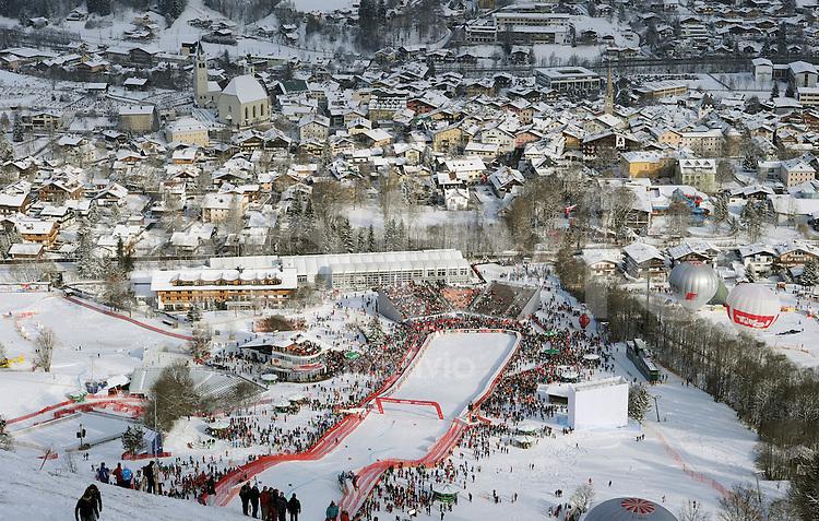 Ski Alpin;  Saison 2010/2011  21.01.2011 71. Hahnenkamm Rennen Super G Uebersicht Zielraum