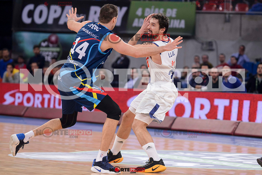 Real Madrid's Sergio Llull and Morabanc Andorra's Oliver Stevic during Quarter Finals match of 2017 King's Cup at Fernando Buesa Arena in Vitoria, Spain. February 16, 2017. (ALTERPHOTOS/BorjaB.Hojas) /Nortephoto.com