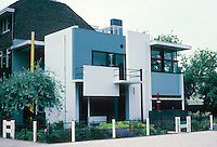 Gerrit Rietveld: Schroder House, Utrecht 1924. Address: Prins Hendriklaan 50. Photo '87.