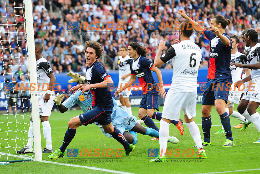joie d Adrien Rabiot (psg) apres son but <br /> Football Calcio 2013/2014<br /> Ligue 1 Francia<br /> Foto Panoramic / Insidefoto <br /> ITALY ONLY