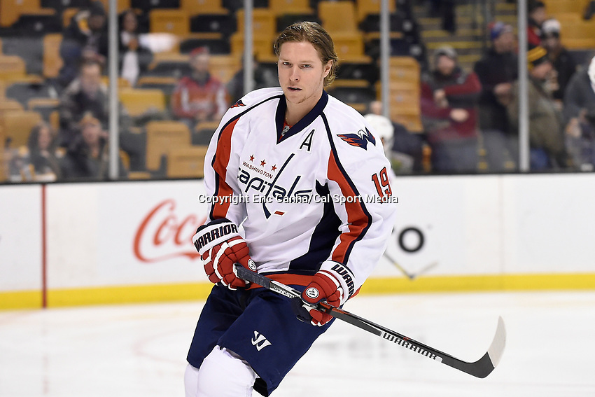 Tuesday, January 5, 2015: Washington Capitals center Nicklas Backstrom (19) warms up before the start of the National Hockey League game between the Washington Capitals and the Boston Bruins, held at TD Garden, in Boston, Massachusetts. Washington beats Boston 3-2 in regulation time. Eric Canha/CSM