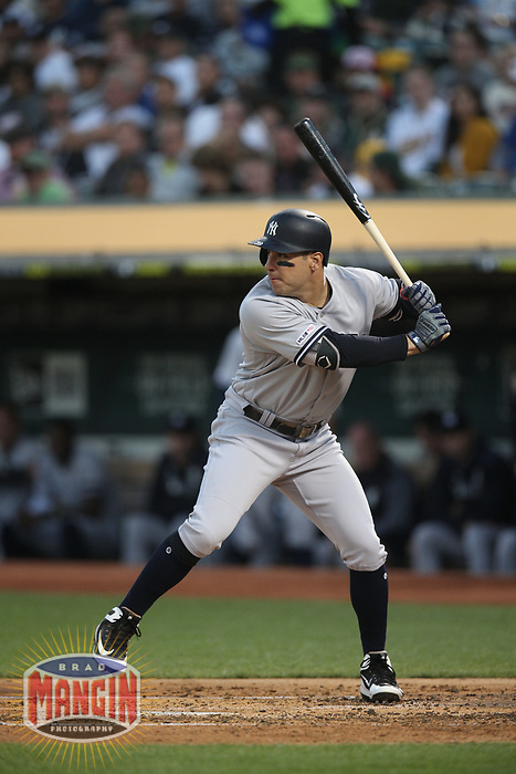 OAKLAND, CA - AUGUST 20:  Mike Tauchman #39 of the New York Yankees bats against the Oakland Athletics during the game at the Oakland Coliseum on Tuesday, August 20, 2019 in Oakland, California. (Photo by Brad Mangin)