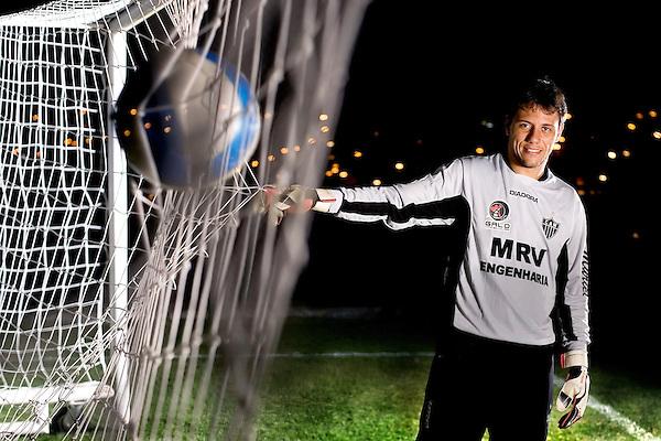 Vespasiano _ MG, 07/06/2007..Retrato do goleiro do Clube Atletico Mineiro, Diego Alves Carreira, no Centro de Treinamento de Vespasiano, a Cidade do Galo...FOTOS: BRUNO MAGALHAES / AGENCIA NITRO