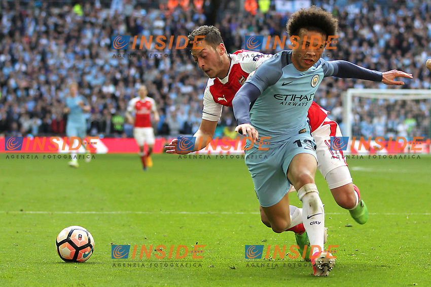 Mesut Ozil of Arsenal and Leroy Sane of Manchester City <br /> London 23/04/2017 <br /> Arsenal vs Manchester City - FA Cup Semi Final <br /> Foto Darren Staples/PHCImages / Panoramic/Insidefoto <br /> ITALY ONLY
