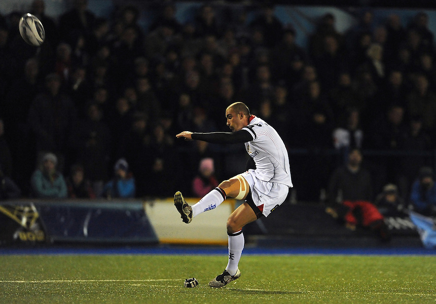 Ulster's Ruan Pienaar converts his sides third try<br /> <br /> Photographer Ian Cook/CameraSport<br /> <br /> Guinness PRO12 Round 10 - Cardiff Blues v Ulster Rugby - Saturday 3rd December 2016 - Cardiff Arms Park - Cardiff<br /> <br /> World Copyright &copy; 2016 CameraSport. All rights reserved. 43 Linden Ave. Countesthorpe. Leicester. England. LE8 5PG - Tel: +44 (0) 116 277 4147 - admin@camerasport.com - www.camerasport.com