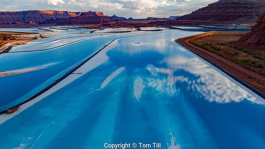 Potash ponds near Moab, Utah, Solar evaporation ponds near Colorado River