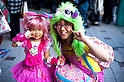 October 31, 2012, Tokyo, Japan - Japanese kid and her mother pose for pictures during Kichijoji Halloween Festival 2012 near the Kichijoji station, Tokyo Japan. (Photo by Yumeto Yamazaki/AFLO)