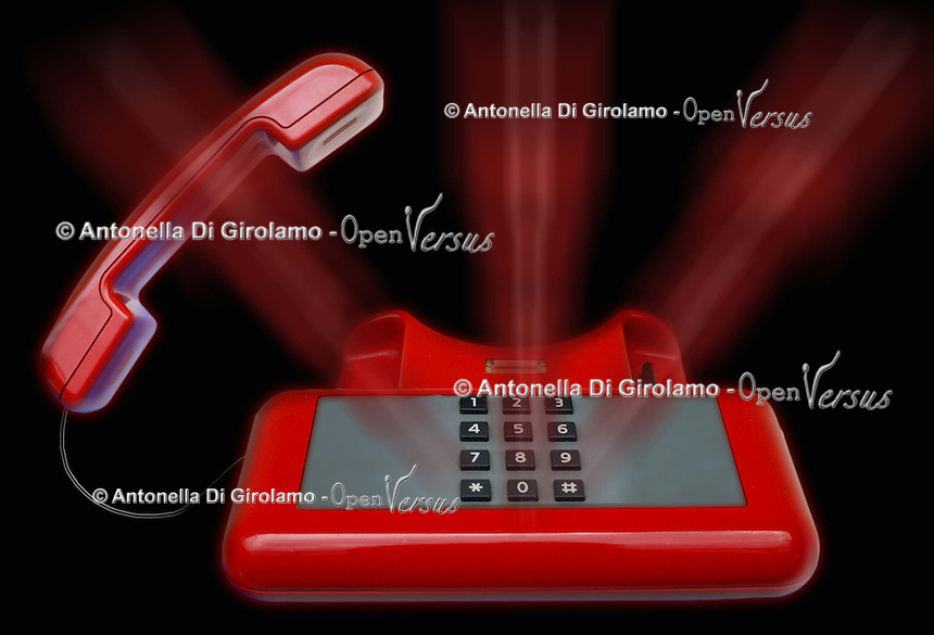 Stalking. Minacce e persecuzione telefonica. Telephone threats and persecution.....