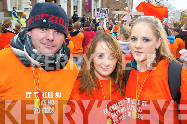 WE WON'T PAY: At the march against third level fees on Thursday last were ITT students, l-r: Kieran Lawlor, Amanda O'Dowd, Linda O'Riordan.   Copyright Kerry's Eye 2008