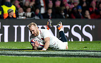 Dan Robson of England goes over to score his try during the Guinness Six Nations match between England and Italy at Twickenham Stadium on March 9th, 2019 in London, United Kingdom. Photo by Liam McAvoy.
