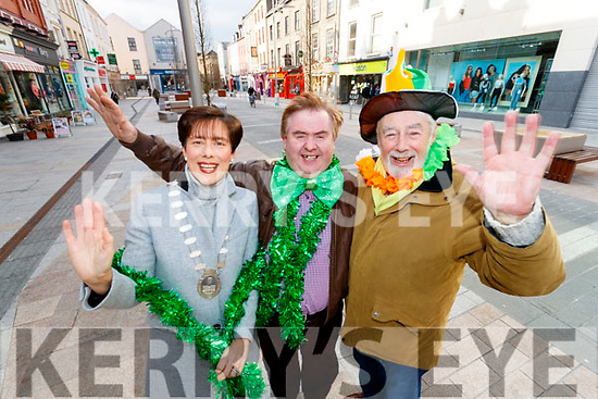Mayor Norma Foley, Grandmarshal Dan Horan and Johnny Wall launch the Saint Patricks Day Tralee Parade.