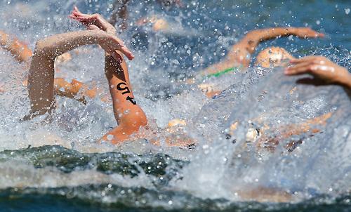 25 JUN 2011 - PONTEVEDRA, ESP - Elite Women's European Triathlon Championships in Pontevedra, Spain .(PHOTO (C) NIGEL FARROW)