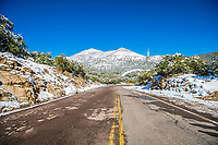 Highway or highway on a day with clear sky and blue sky. Winter in Cananea, Sonora, Mexico. Snow on the La Mariquita and Sierra Elenita mountains. 2020. (Photo by: GerardoLopez / NortePhoto.com)<br /> <br /> Carretera o autopista en un dia con cielo despejado y cielo azul. Invierno en Cananea, Sonora, Mexico.  Nieve en la siera la Mariquita y sierra Elenita . 2020. (Photo by: GerardoLopez/NortePhoto.com )
