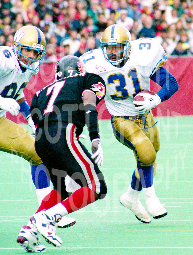Michael Richardson Winnipeg Blue Bombers 1992. Photo Scott Grant