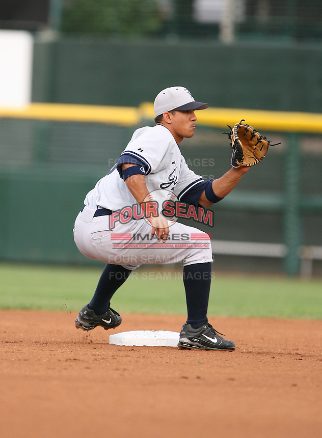 2007:  Alberto Gonzalez of the Scranton Wilkes-Barre Yankees, Class-AAA affiliate of the New York Yankees, during the International League baseball season.  Photo by Mike Janes/Four Seam Images