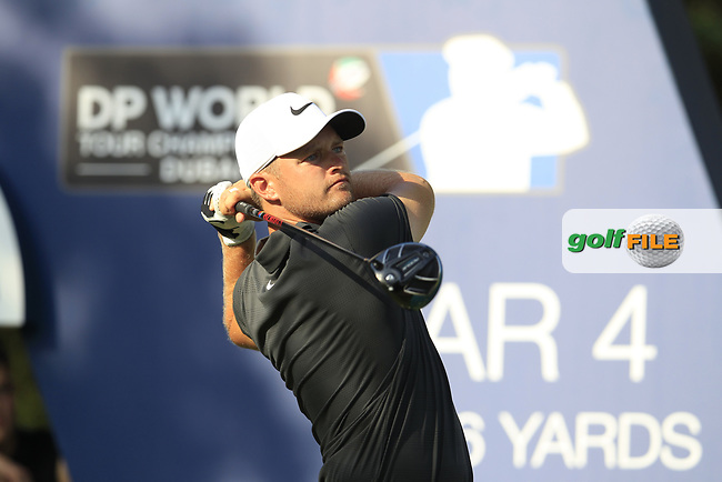 Tom Lewis (ENG) on the 16th tee during the final round of the DP World Tour Championship, Jumeirah Golf Estates, Dubai, United Arab Emirates. 18/11/2018<br /> Picture: Golffile | Fran Caffrey<br /> <br /> <br /> All photo usage must carry mandatory copyright credit (&copy; Golffile | Fran Caffrey)