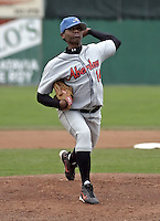 August 6, 2004:  Pitcher Carlos Perez of the Aberdeen Ironbirds, Short-Season Class-A affiliate of the Baltimore Orioles, during a game at Dwyer Stadium in Batavia, NY.  Photo by:  Mike Janes/Four Seam Images
