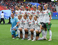 20190612 - VALENCIENNES , FRANCE : German team with Almuth Schult (1)   Kathrin Hendrich (3)   Marina Hegering (5)   Lena Oberdorf (6)   Lena Goessling (8)   Svenja Huth (9)   Alexandra Popp (11)   Sara Daebritz (13)   Giulia Gwinn (15)   Verena Schweers (17)   Sara Doorsoun (23)  pictured during the female soccer game between Germany  and Spain  , the second game for both teams in group B during the FIFA Women's  World Championship in France 2019, Wednesday 12 th June 2019 at the Stade du Hainaut Stadium in Valenciennes , France .  PHOTO SPORTPIX.BE | DIRK VUYLSTEKE
