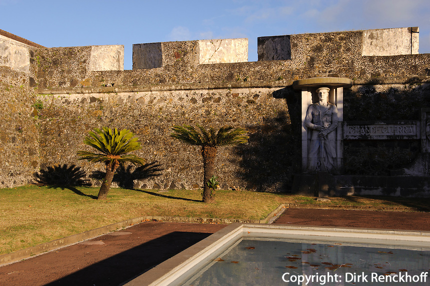 Festung Sao Bras in Ponta Delgada auf der Insel Sao Miguel, Azoren, Portugal