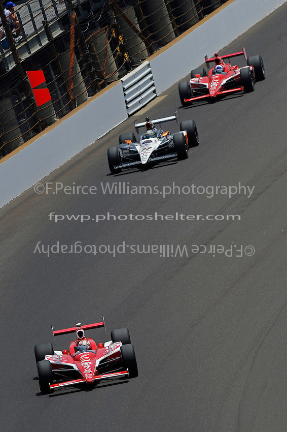 29 May, 2011, Indianapolis, Indiana, USA .Scott Dixon (#9) leads Alex Tagliani (#77) and Dario Franchitti (#10) in the opening laps..©2011, F. Peirce Williams.
