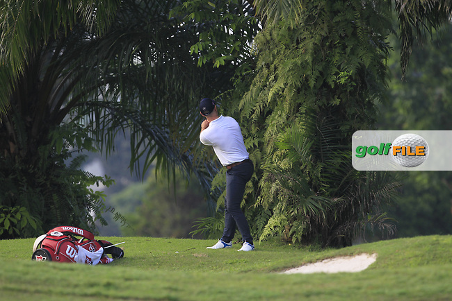 Paul Waring (ENG) in the rough on the 2nd during Round 1 of the Maybank Championship at the Saujana Golf and Country Club in Kuala Lumpur on Thursday 1st February 2018.<br /> Picture:  Thos Caffrey / www.golffile.ie<br /> <br /> All photo usage must carry mandatory copyright credit (© Golffile | Thos Caffrey)