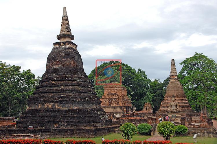 Thailand Tour.<br /> Sukhothai HistoricalPark.<br /> Wat Maha That.