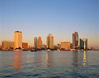 United Arab Emirates, Dubai: View  across Dubai Creek to Rigga Area | Vereinigte Arabische Emirate, Dubai: Blick ueber den Dubai Creek nach Rigga