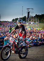 Motocross in front of the stage. Photo: André Jörg/ Scouterna