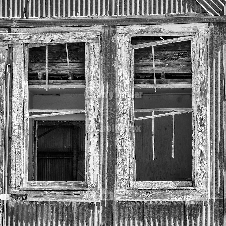 Abandoned warehouse, Luning, Nev.