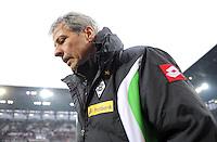 FUSSBALL   1. BUNDESLIGA  SAISON 2011/2012   16. Spieltag FC Augsburg - Borussia Moenchengladbach            10.12.2011 Trainer Lucien Favre (Borussia Moenchengladbach)
