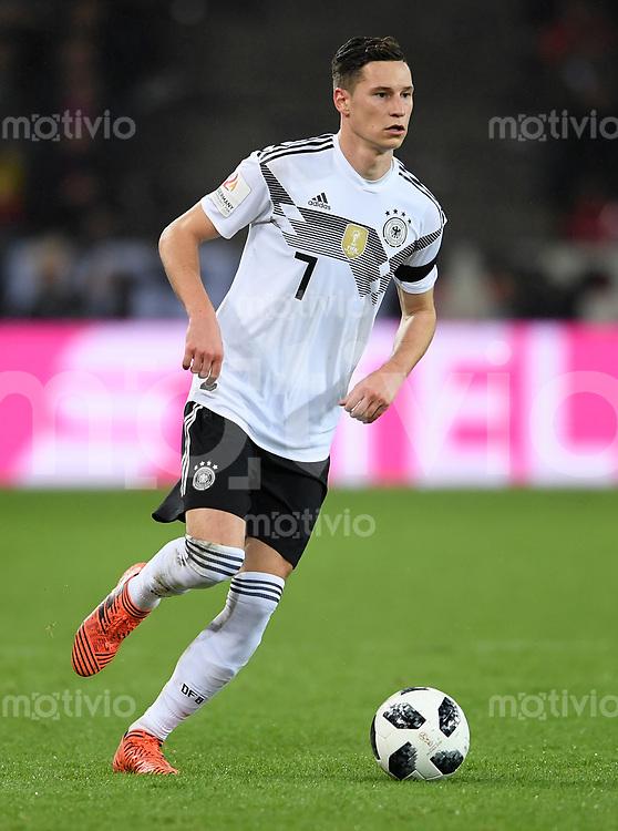 FUSSBALL  INTERNATIONAL TESTSPIEL  IN KOELN   Deutschland - Frankreich        14.11.2017 Julian Draxler (Deutschland)
