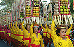 DENPASAR, BALI - JUNI 11 : Balinese woman hold fruits during 38th Bali Arts Festival parade at Denpasar on June 11, 2016 in Bali, Indonesia. The Bali Art Festival took place June 11 until July 9, 2016, involving thousands of Balinese artists, arts groups from Indonesia and a group of art from Europe, Asia, Africa and America. (Photo by Yanda Dwi Septian/Sijori Images/AFLO)