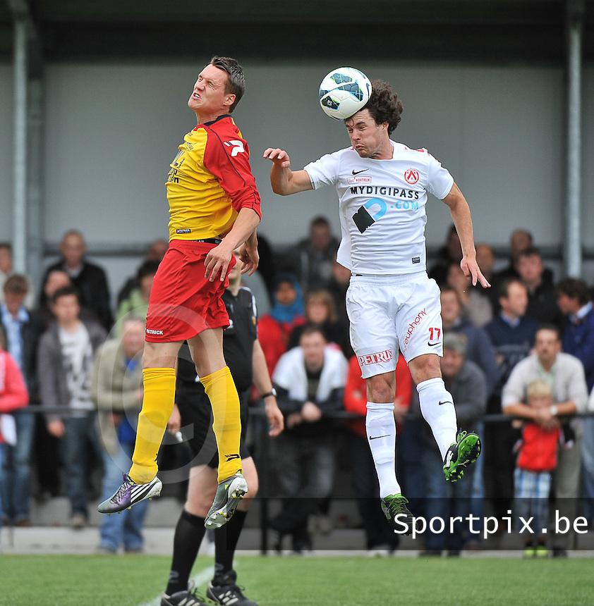 Eendracht Wervik - KV Kortrijk : kopduel tussen Gertjan De Mets (rechts) en Matthias Cottenier (links)<br /> foto VDB / Bart Vandenbroucke