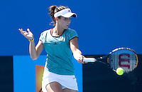 Laura Robson (GBR) against Ester Goldfeld (USA) in the Quarter Finals of the Junior Girls Singles. Robson beat Goldfield 6-1 6-0..International Tennis - Australian Open Tennis - Thur 28  Jan 2010 - Melbourne Park - Melbourne - Australia ..© Frey - AMN Images, 1st Floor, Barry House, 20-22 Worple Road, London, SW19 4DH.Tel - +44 20 8947 0100.mfrey@advantagemedianet.com
