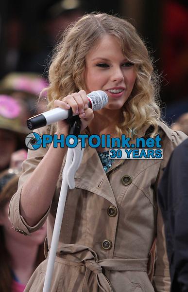 Taylor Swift <br /> 2009 on NBC's Today Show<br /> Photo By John Barrett/CelebrityArchaeology.com