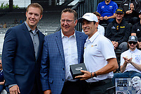 Verizon IndyCar Series<br /> Indianapolis 500 Drivers Meeting<br /> Indianapolis Motor Speedway, Indianapolis, IN USA<br /> Saturday 27 May 2017<br /> Starter's ring presentation: Helio Castroneves, Team Penske Chevrolet<br /> World Copyright: F. Peirce Williams